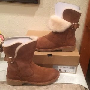 🆕 Authentic UGG  JANNIKA  Boot 🆕